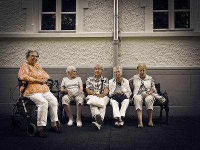 Máme historicky najviac zamestnaných dôchodcov